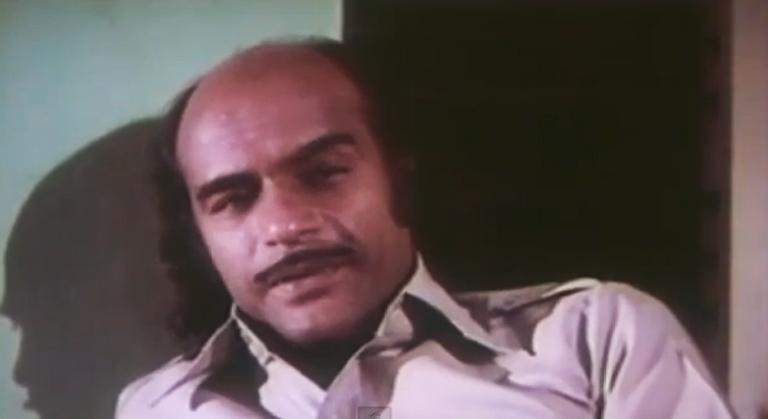 Bharat-Gopy-in-Lekhayude-Maranam-Oru-Flashback-(1983)