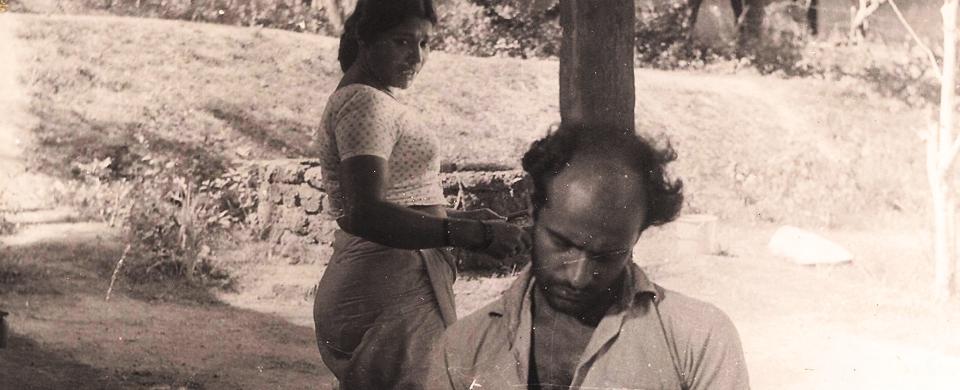 Bharat-Gopy-and-Kuttyedathi-Vilasini-in-Kodiyettam