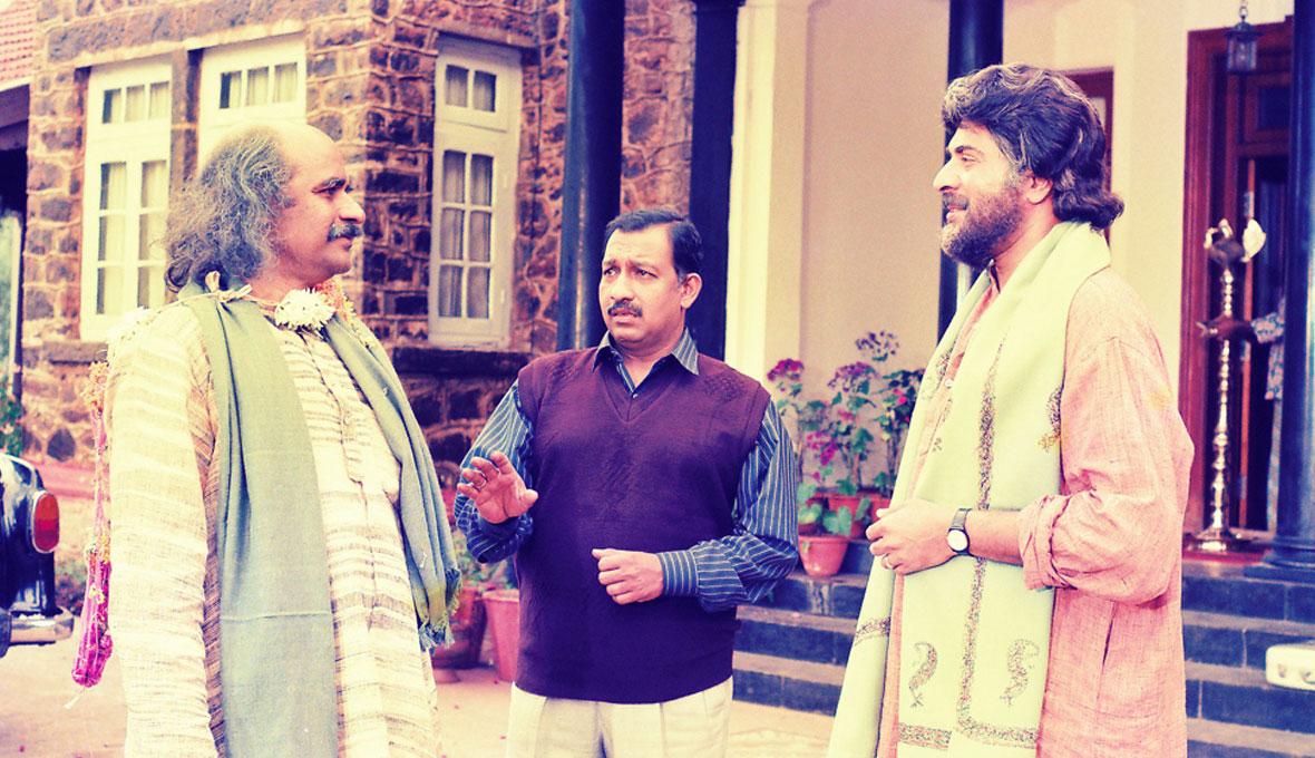 Bharat Gopy, Nedumudi Venu and Mammootty-Patheyam