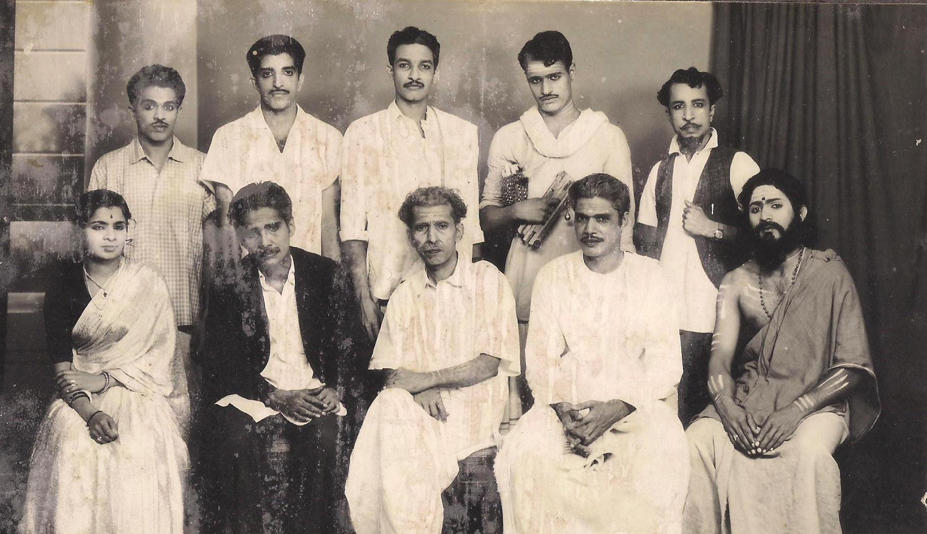 Pey-Pidicha-Lokam-Cast-1
