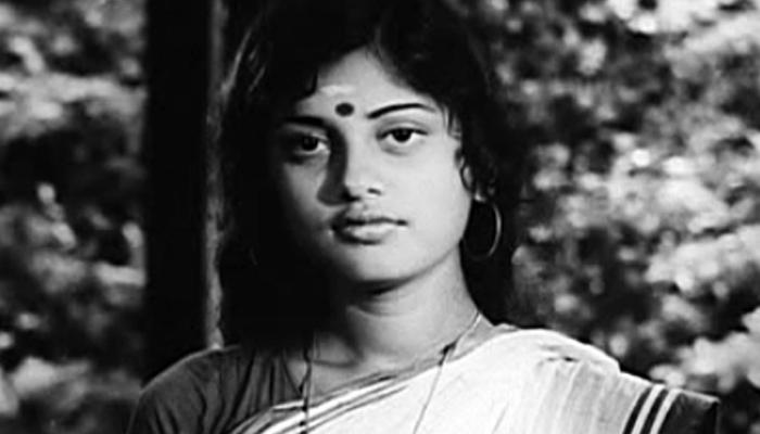 Kalamandalam Girija in Njattadi-(1979)